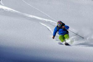 Jedziesz na narty? – pamiętaj o ubezpieczeniu